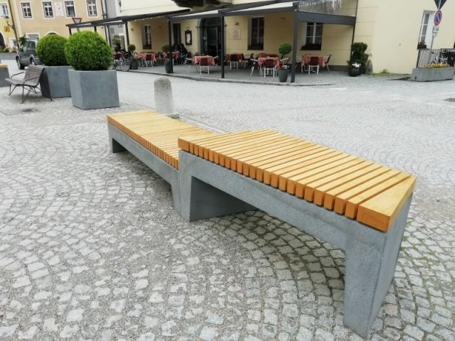 euroform w - urban furniture - seating - planter - customized wooden bench