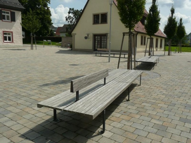 euroform w - urban furniture - park bench seating wood - Linea 382