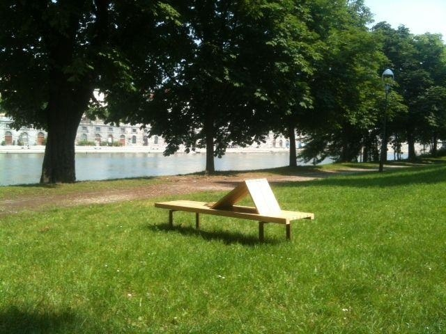 euroform w - urban furniture - park bench - seating wood - Linea 395