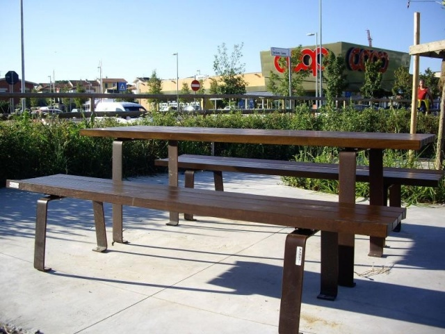 euroform w - urban furniture - park bench wood - seating - Zetapanca