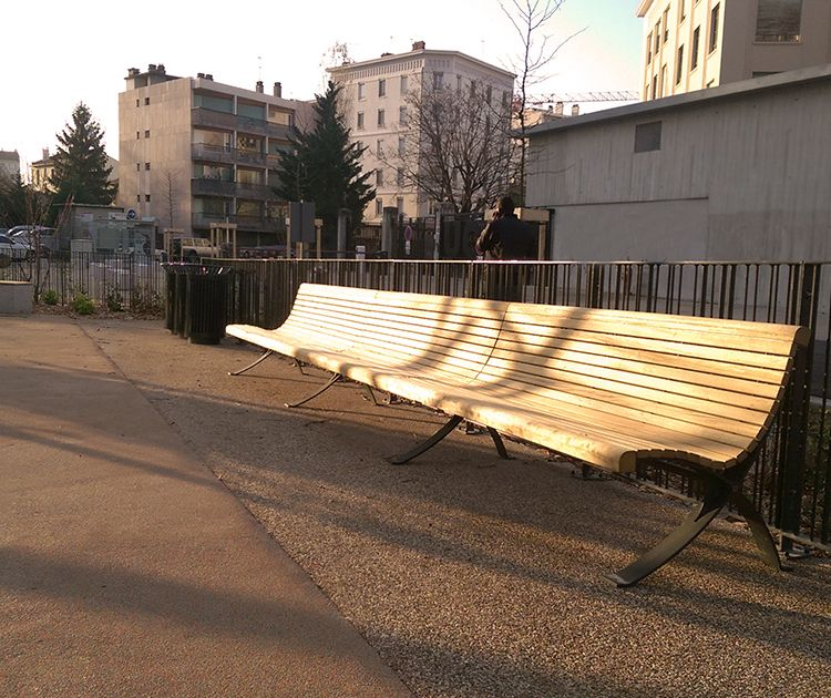 euroform w - urban furniture - Palazzo - seating - park bench wood