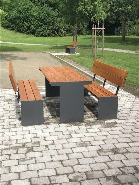 euroform w - urban furniture - park bench wood - seating - Aron