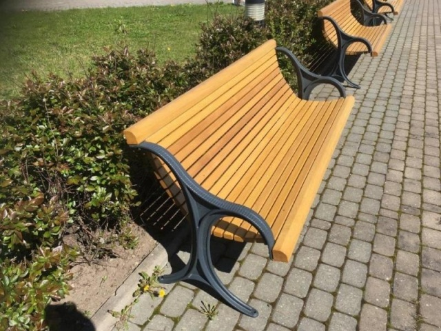 euroform w - urban furniture - park bench wood - seating - Epoca