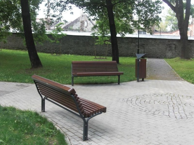 euroform w - urban furniture - park bench - seating - Contour 325/22