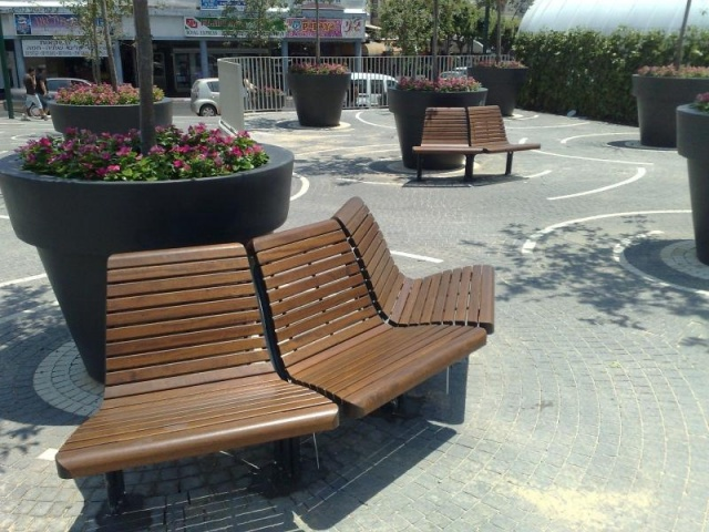 euroform w - urban furniture - park bench - seating - Contour 327, 328