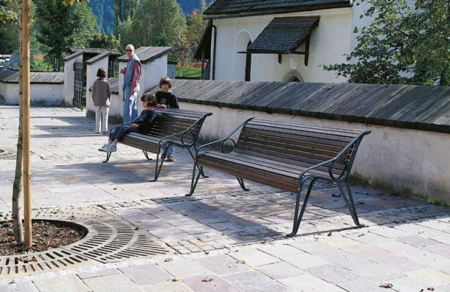 euroform w - urban furniture - park bench wood - seating - Gala