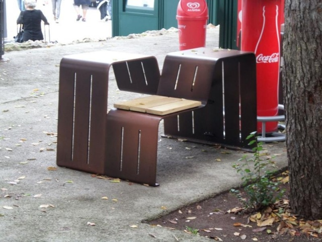 euroform w - urban furniture - park bench wood - seating - Cryou