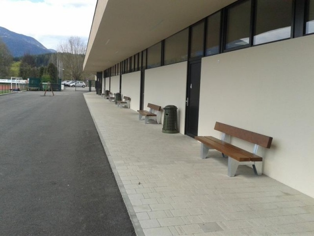 euroform w - urban furniture - park bench wood - seating - Block