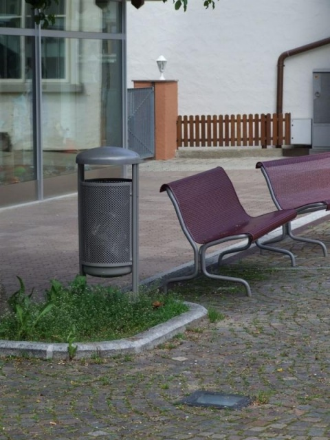 euroform w - urban furniture - park bench metal - seating - Contour M 325