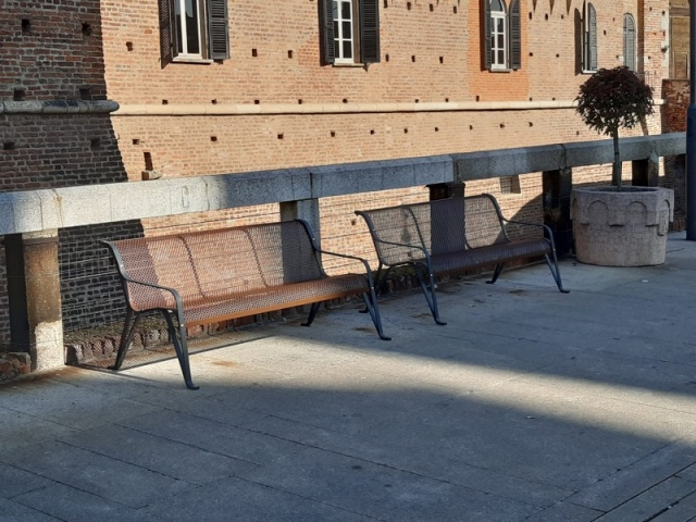euroform w - urban furniture - park bench metal - seating - Gala
