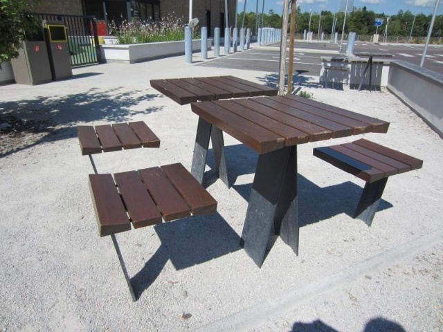 euroform w - urban furniture - park bench wood - seating - pic nic set - tables - Zetapicnic