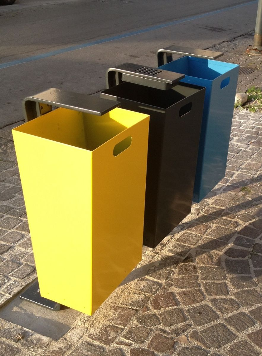 euroform w - urban furniture - litter bin - ashtray - waste separation - Zetacestino