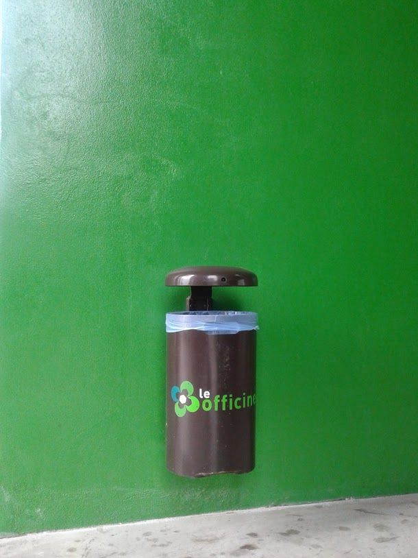 euroform w - urban furniture - litter bin - ashtray - Simple 220