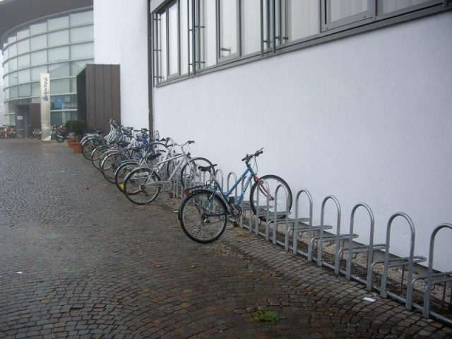 euroform w - urban furniture - bike racks - bike storage - Elegance 186
