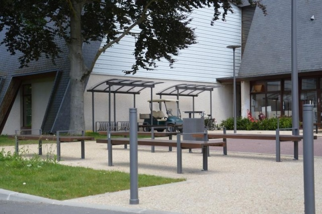 euroform w - urban furniture - bike racks - shelters - shades - Combi Bike