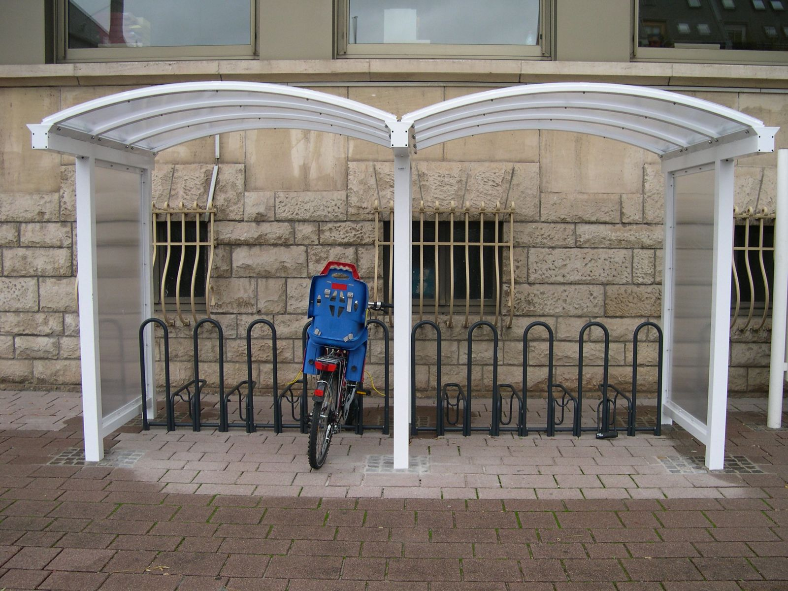 euroform w - urban furniture - bike racks - shelters - shades - Galleria