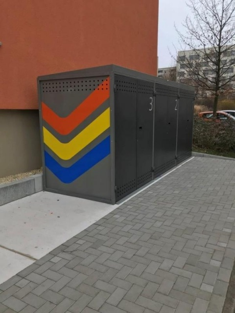 euroform w - urban furniture - bike shelter - bike box - bike storage