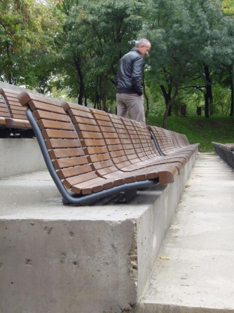 euroform w - urban furniture - benches wood - seatings - Contour