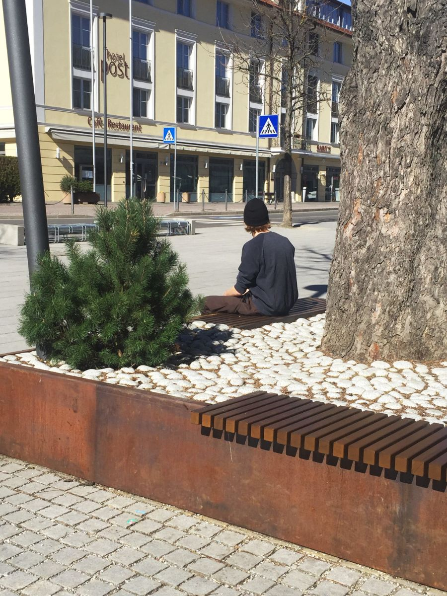 euroform w - urban furniture - benches - seatings - big planters - customized