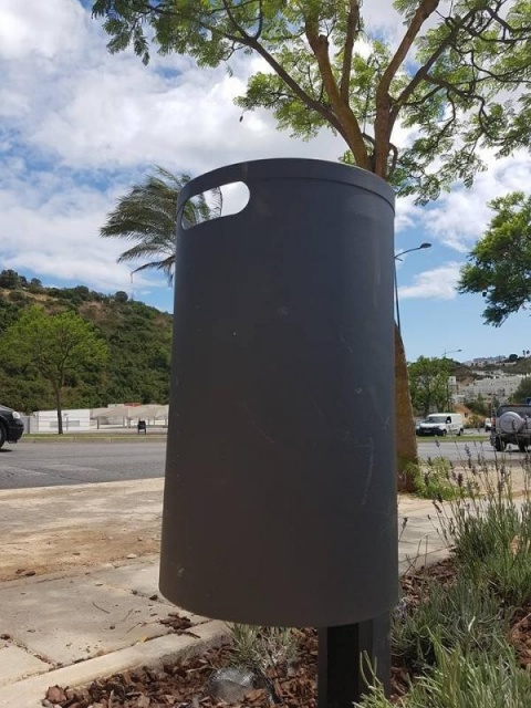 euroform w - urban furniture - litter bin - Simple