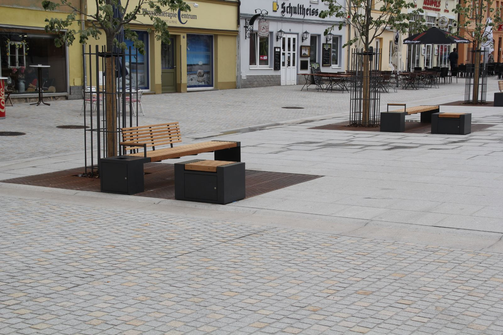 euroform w - urban furniture - benches - seatings - customized